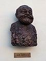 Praha, Werichova vila, busta Jana Wericha.jpg