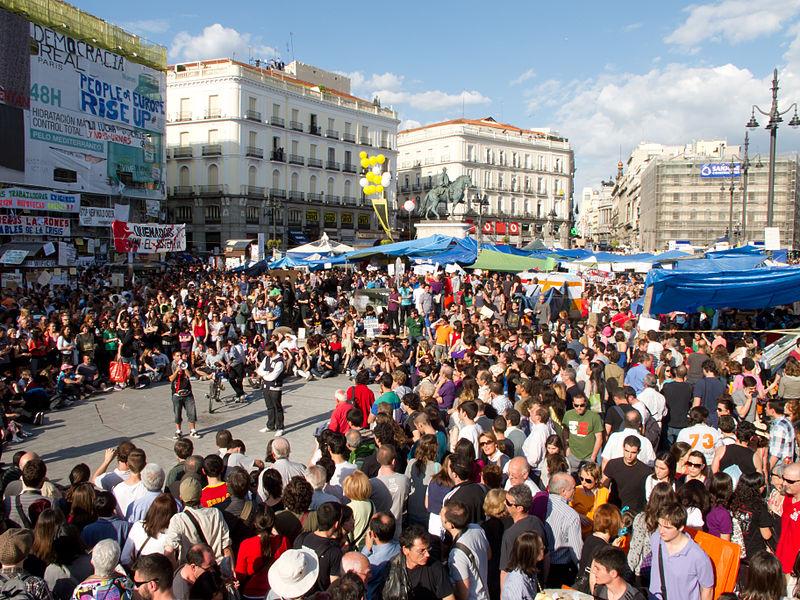 Protestas en la Puerta del Sol de Madrid en mayo de 2011