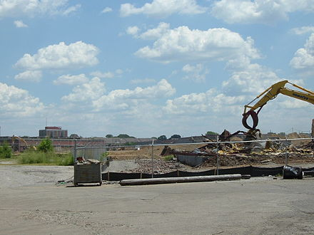 Construction for 2,000 new student housing units on Shipp Avenue on July 16, 2008 ProvinceULou.jpg