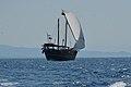 Qatar Dhow Arabisch transportschip in Aegeische zee.jpg