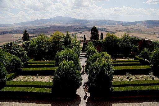 Pienza, Palazzo Piccolomini, garden