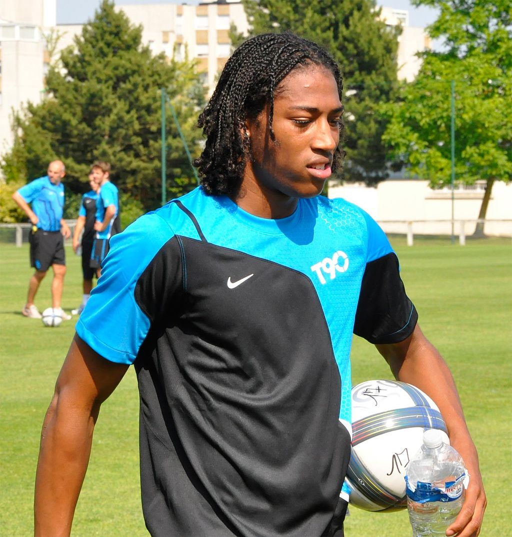 Picture of Georginio  Wijnaldum Half-brother, called Rajiv van la Parra