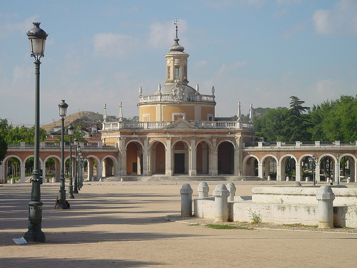 Resultado de imagem para iglesia de san antonio de padua aranjuez