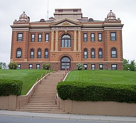 Red Lake County Courthouse.jpg