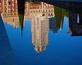 Reflejo de la Torre de Madrid.jpg