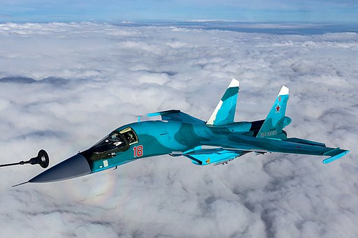 Refuelling a Sukhoi Su-34 (RF-95847)