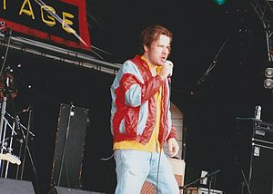 Republic of Loose - Republic of Loose performing at Guilfest 2004, promoting 'This is the tomb of the Juice'