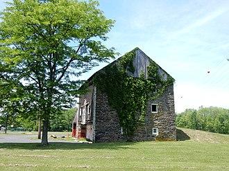 West Rockhill Township, Bucks County, Pennsylvania - Image: Ridge Rd 1027 Barn, Sellersville, Bucks Co PA 03