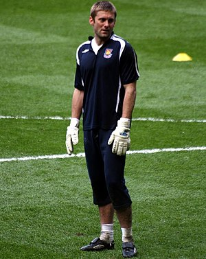 Robert Green - Green warming up for West Ham United in 2008