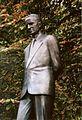 Roi Baudouin - statue de Hugo Vander Vekens.JPG