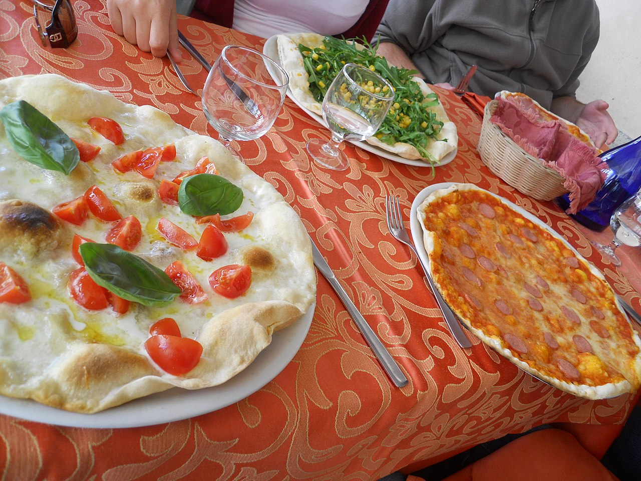 File Rome Italy Pizza 5987192428 Jpg Wikimedia Commons