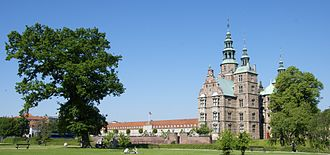 Rosenborg Barracks - The barracks seen from Rosenborg Castle Gardens