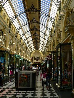 Hotels Near Melbourne International Airport
