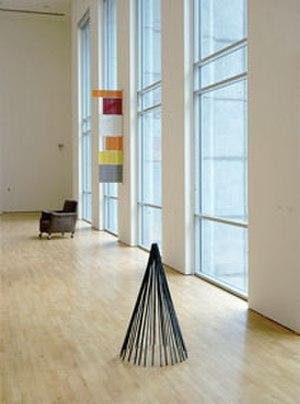 Stedelijk Museum voor Actuele Kunst - Jürgen Partenheimer, La robe des choses, S.M.A.K, 2002