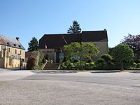 Saint-Crépin-et-Carlucet mairie.JPG