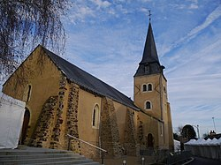 Saint-Fort église 01.JPG