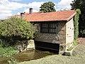Saint-Laurent-sur-Othain (Meuse) moulin à eau.JPG