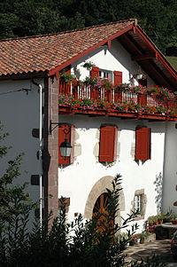 Saint Etienne de Baïgorry Maison.jpg