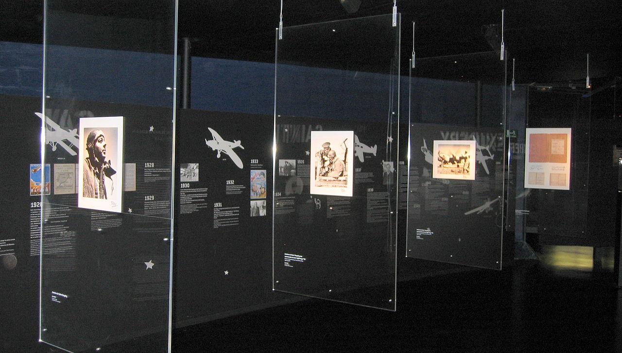 File saint exupery exhibit air space museum le for Bourget paris