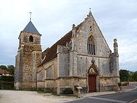 Saints.Puisaye-église-02.JPG