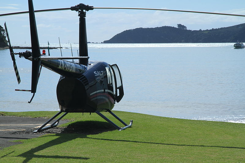 File:Salt Air Robinson R44 Raven II at Paiha 2 (5645180105).jpg
