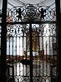 Salzburg Dreifaltigkeitskirche Gitter.jpg