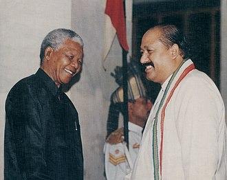 Satpal Maharaj - Image: Satpal Maharaj With Nelson Mandela