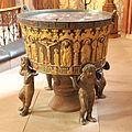 Schleswig Dom baptismal font 02.jpg
