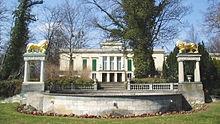 Schloss Klein-Glienicke in Berlin (Quelle: Wikimedia)