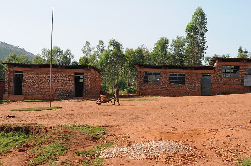 File:School in the district of Gitega (6908590265).jpg
