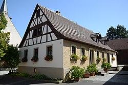 Schwanfeld Pfarrgasse 1-002.jpg