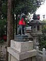 Sculpture of fox in Fushimi-Inari Grand Shrine 20141009.jpg