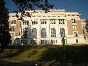 Fred Bassetti - Franklin High School, major renovation 1990