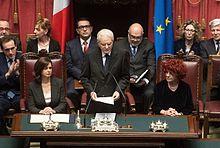 Fedeli, seduta a destra, nel ruolo di presidente supplente del Senato, durante il discorso d'insediamento di Sergio Mattarella (2015)
