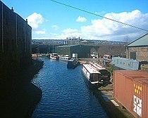 Sheffield Canal - Cadman Street 01-04-06.jpg