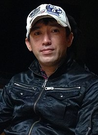 Shinji Mikami April 2013 3.jpg