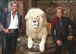 Siegfried & Roy German-American animal trainer, circus and stage magician duo