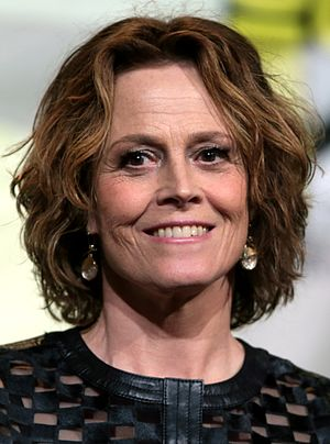14th Saturn Awards - Sigourney Weaver, Best Actress winner.