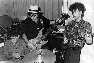 Soda Stereo - Soda Stereo in 1984. From left to right: Charly Alberti, Zeta Bosio and Gustavo Cerati.