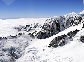 Mount Vancouver (New Zealand) - Image: Southern Alps with Mount Hicks