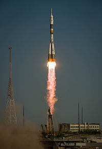 Soyuz TMA-06M rocket launches from Baikonur 1.jpg