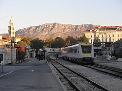 Split railway station (01).JPG