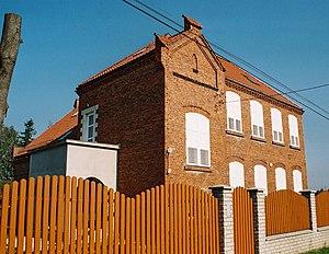 Grojec, Silesian Voivodeship - Former school building