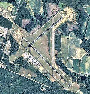 Statesboro–Bulloch County Airport - 2006 USGS airphoto