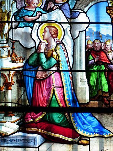 25 juillet Sainte  Glossinde de Metz ou Glodesinde 360px-Ste_Glossinde_vitrail_de_ND_de_Sion