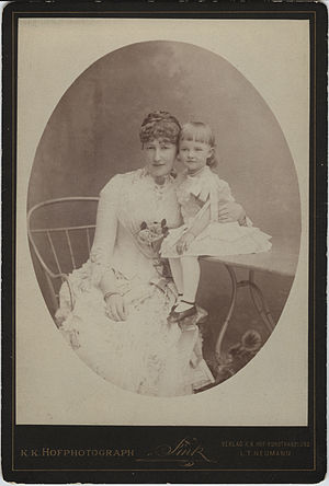 Princess Stéphanie of Belgium - The Crown Princess with her daughter in 1885