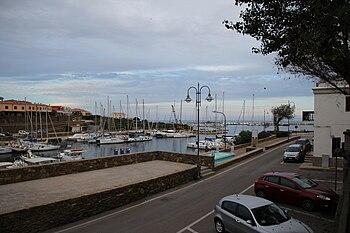 Stintino - Il porto nuovo (04).jpg