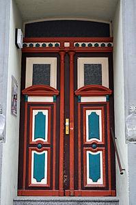 Stralsund, Fährstraße 18, Tür (2012-03-11) 1, by Klugschnacker in Wikipedia.jpg