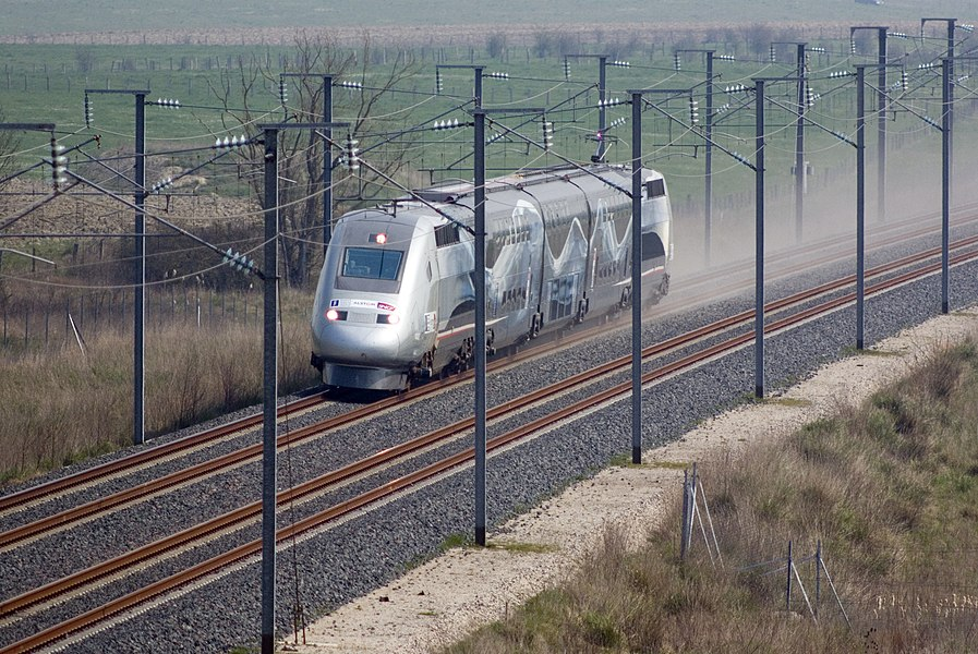 "Special TGV 4402 ""V150"" running at 574 kilometers per hour at kilometer 192 of high-speed line ""Est européenne"" as it establishes a new world speed record on April 3, 2007 near Le Chemin, Meuse, France."