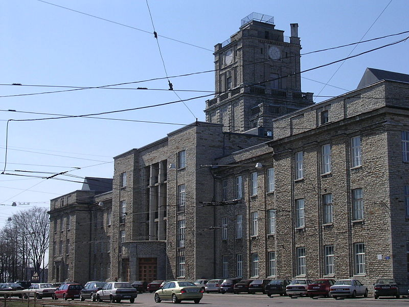 File:TTÜ Majandusteaduskonna hoone Koplis - panoramio.jpg